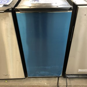 freestanding ice maker