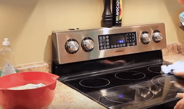 glass cooktop cleaning tips