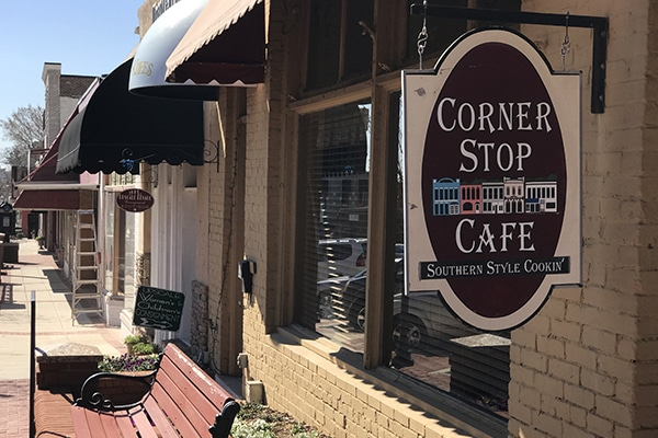 breakfast restaurants in Lawrenceville