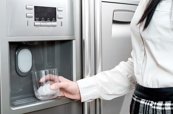 how long does it take an ice maker to fill